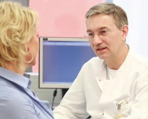 Ärzte beraten, welche Vorsorgeuntersuchungen sinnvoll und notwendig sind. Foto: Barmer GEK