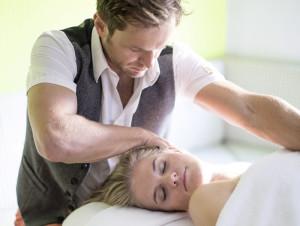 Harald Kitz hat die behutsame Anti-Stress-Massage haki stretch & relax entwickelt. Foto: schwarzbrunn