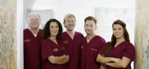 Das Zahnärzteteam der Zahnarztpraxis Claar in Kassel. Foto: privat