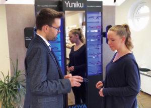 HahnOptik präsentiert als erster Optiker in ganz Nordhessen die Yuniku-Kollektion. Foto: HahnOptik