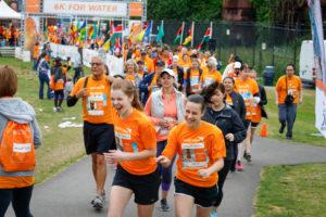Über 44.000 Läufer nahmen letztes Jahr weltweit an den Rennen teil. Das Bild entstand in Seattle, USA. Foto: World Vision